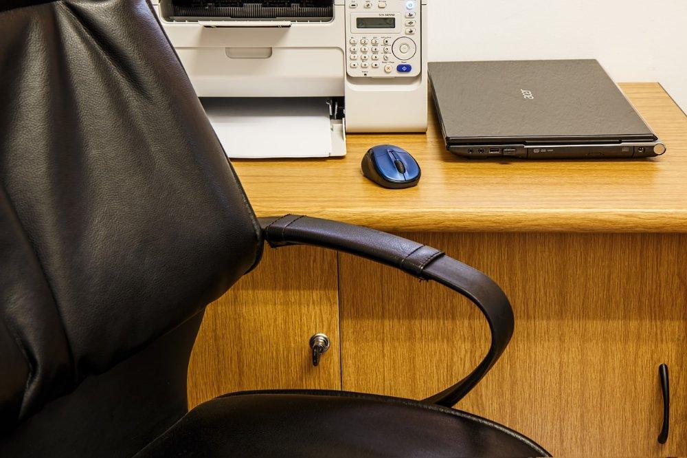 Waar moet je op letten bij het aanschaffen van een bureaustoe