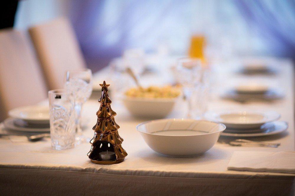 Eettafels en eetkamerstoelen, een must in ons interieur